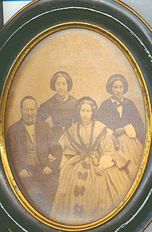 220px-Wincenty Danilewicz and his daughters, ca 1850 retouched.jpg